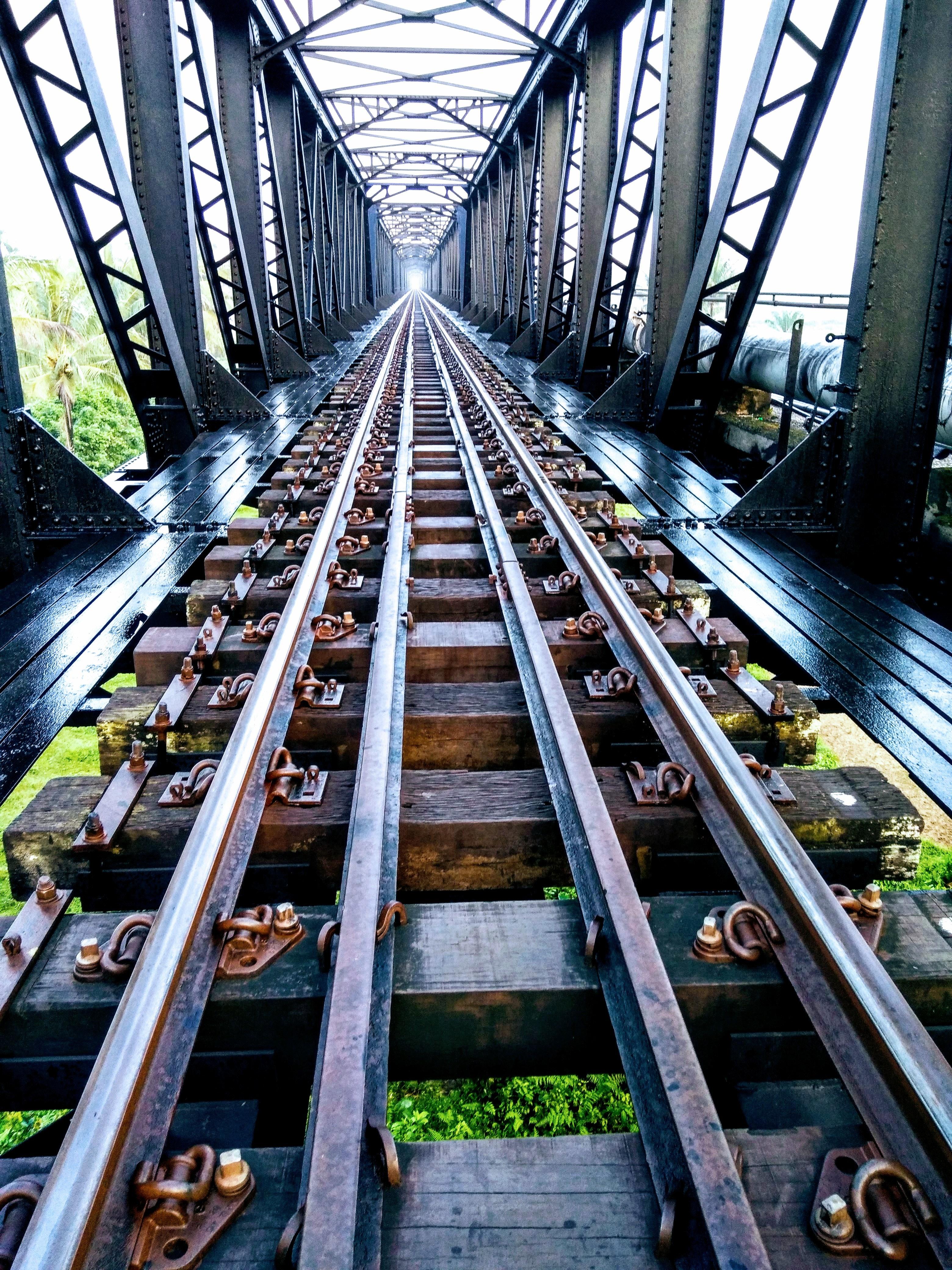 black-metal-railway-775876